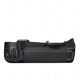 Nikon MB-D10 Battery Grip Hire Rental D700 D300s